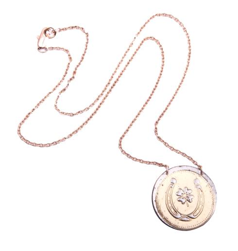 single coin pendant horseshoe shiny copy